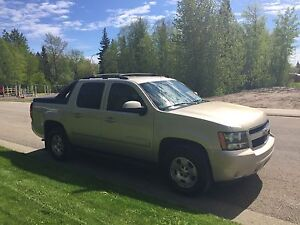 Price Reduced 2007 Chevrolet Avalanche LT Pickup Truck