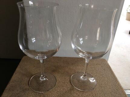 WONDERFUL CRYSTAL WINE GLASSES & CARAFE
