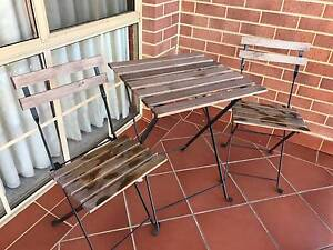 Outdoor furniture (table and 2 chairs) Joondanna Stirling Area Preview