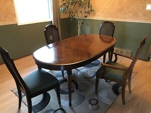 Oval Dining Room Table With 4 Chairs Mobilier De Salle A Manger Et