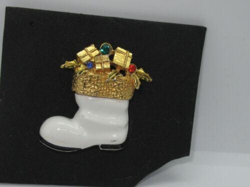 Vintage Christmas Boot Brooch Pin Jewelry Enamel Rhinestone signed ART (482G)