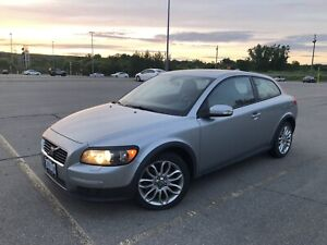 Super low KMS Volvo C30 5-speed fun!