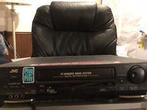 VCR - JVC HR-DD840U