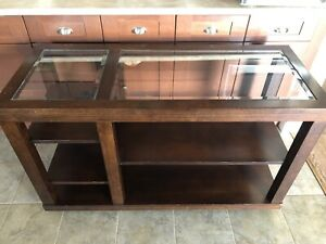 Accent table or TV stand