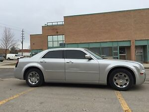 2005 CHRYSLER 300 Touring, E-Tested,Loaded, Sunroof, Leather