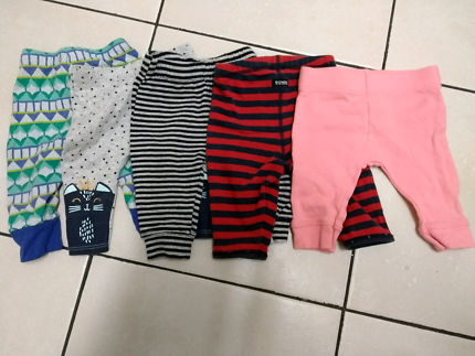 Assorted winter baby clothes 0-3 months (000)
