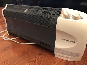 Honeywell Convection 1500 watt Heater with Fan