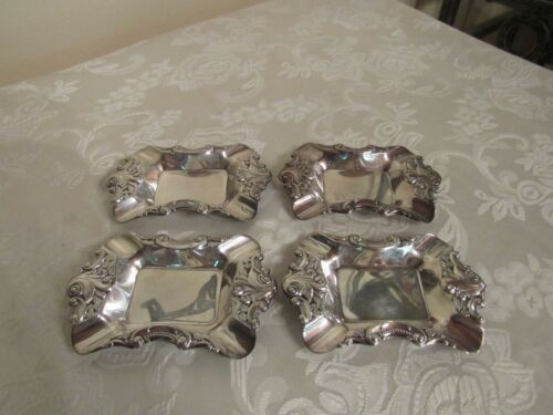 Baroque by Wallace Silver Plated Set of 4 Stackable Ashtrays * #733 * Marked