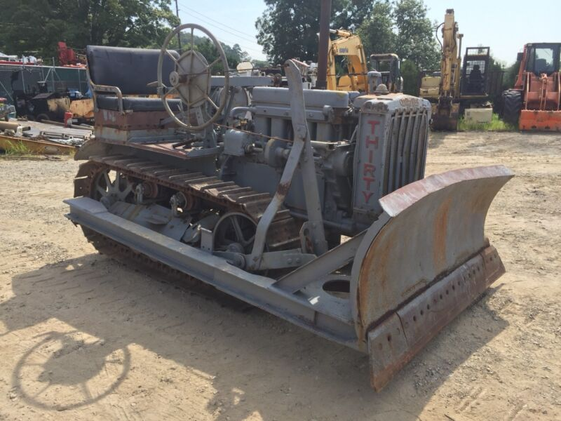 1929 CATERPILLAR 30 DOZER, COMPLETE AND ALL ORIGINAL, CLEAN, PLEASE CALL!!!!!