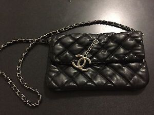 Chanel side bag Keilor Downs Brimbank Area Preview