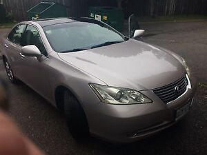 2007 Lexus fully loaded 124km!!!