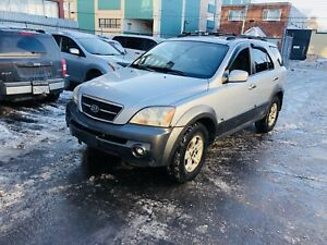 2004 Kia Sorento V6 4WD fully Loaded 187000km 1999$ tax in