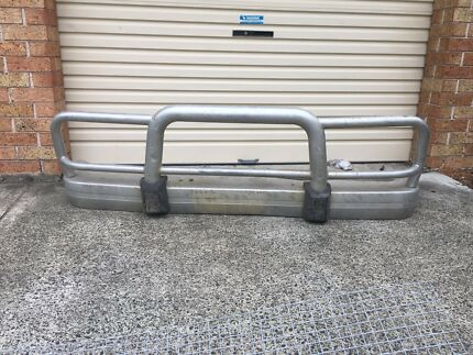 Bullbar to possibly fit patrol or land cruiser