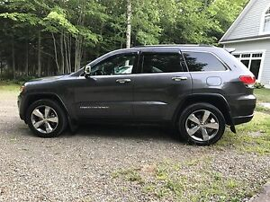 2016 Jeep Grand Cherokee Limited 25,000Km's $130.Wk.+tax