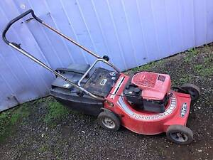 Lawn mower hire, $25 located Sunshine North. Sunshine North Brimbank Area Preview