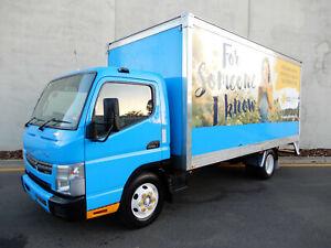 "11/2012 FUSO Canter Pantech - 115,437 km""s Bell Park Geelong City Preview"