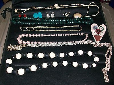 (Vintage retro Unsearched Untested Estate costume Jewelry )