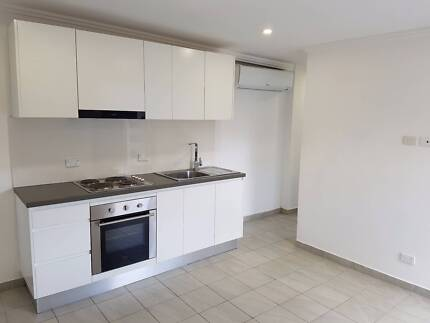☆MODERN A/C'ed GRANNY FLAT CLOSE TO STOCKLAND & TAFE☆