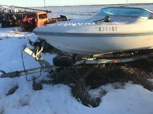 140 hp Johnson 2 stroke engine boat and trailer