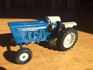 Ford 4600 tractor die cast toy 1:12 Chippendale Inner Sydney Preview