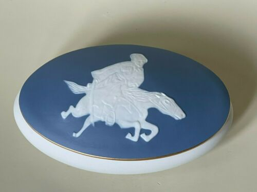 Rare Vintage Limoges France Pate-sur-Pate Covered Dresser Jewelry Box