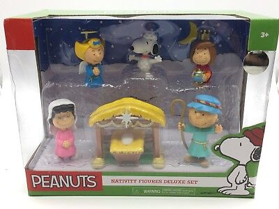 2016 PEANUTS CHRISTMAS NATIVITY SCENE DELUXE SET SNOOPY CHARLIE BROWN NEW IN BOX](Snoopy Nativity Set)