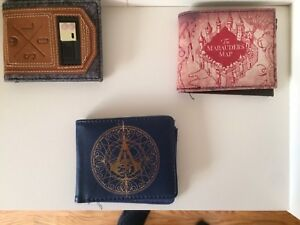 3 different cool wallets