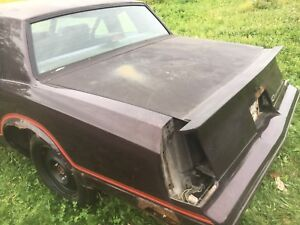1987-1988 Monte ss lay down trunk lid  & spoiler
