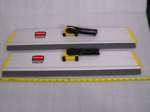 """Lot Of 2 Rubbermaid Commercial RCPQ570 Quick Connect Frame Squeegee 24"""" x 4-1/2"""