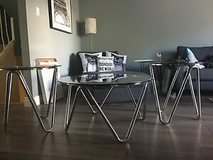 Glass coffee table and side table ser
