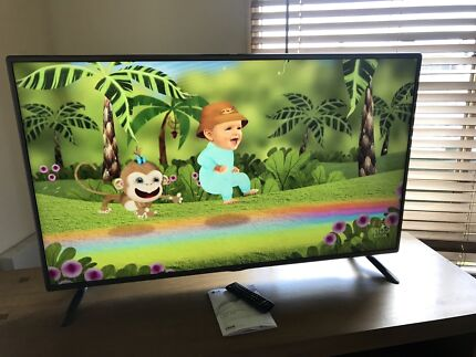 """50"""" lg lcd Tv with blu ray player"""