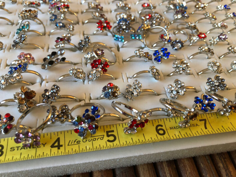 25 c Rhinestone Clustered Costume Jewelry Adjustable RING LOT Resell