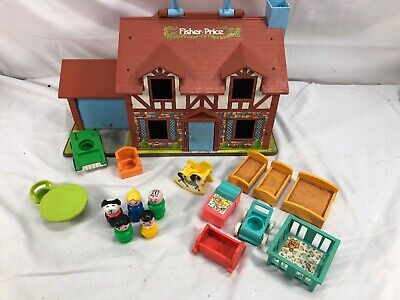 VINTAGE 1980 Fisher Price Little People Play Family House #952 Tudor Playset Lot