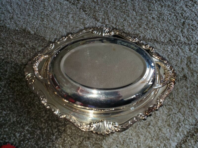 """Silverplate 12"""" Oval Serving Dish with Glass insert Handled Lid Covered Sheridan"""