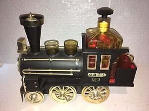 Vintage Train Whiskey Decanter Set Armstrong Creek Geelong City Preview