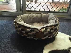 Mog & Bone cat bed Inglewood Stirling Area Preview