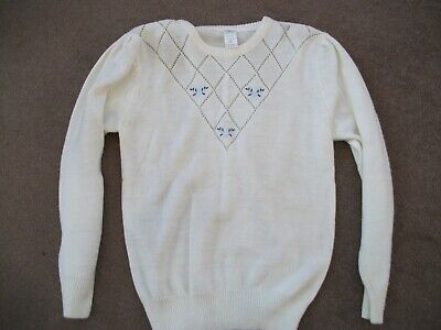 Cream fine knit jumper with heart and flower embroidery vintage