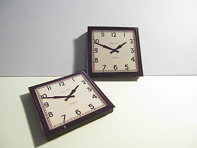 2 DOLLS HOUSE MINIATURE WALL CLOCKS T2