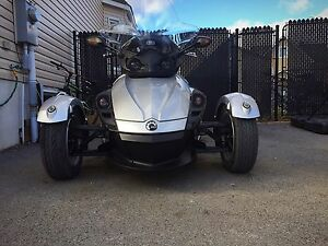 CAN AM SPYDER SM5 (990cc)