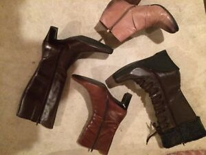 Ladies boots size 9   4 pair