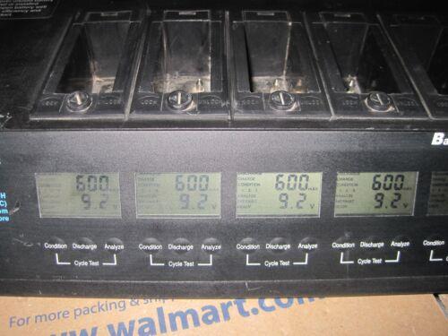 MOTOROLA BATTERY MAINTENANCE SYSTEM TWO WAY RADIO COMMUNICATIONS  Lot AA572