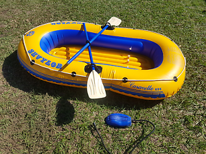 Sevlor caravelle inflatable boat / dinghy with oars and pump Redland Bay Redland Area Preview