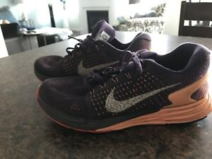 Nike Running Shoes. Size 5.