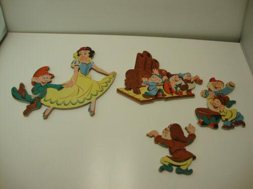 Vintage Walt Disney Co wall pin-ups Pressboard Snow White And The 7 Dwarfs