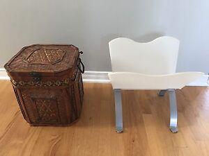 Porte-journal et boite rangement - newspaper stand & storage box