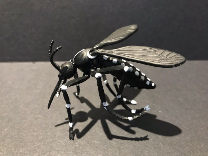 Kaiyodo Takara Japan Exclusive Asian Forest Tiger Mosquito Insect Bug Figure