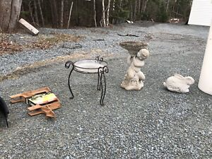 Miscellaneous yard items - selling separately