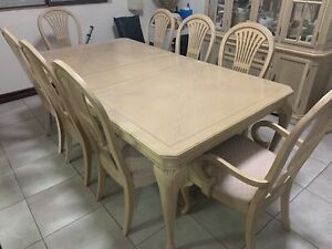Hardwood Dining Table- Excellent Condition!