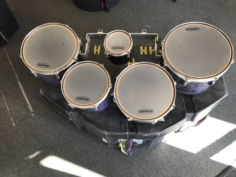 Pearl Marching Tenor Drums W/Hardshell Case