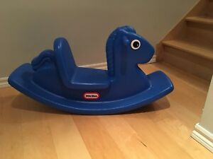 Cheval a bascule little tikes